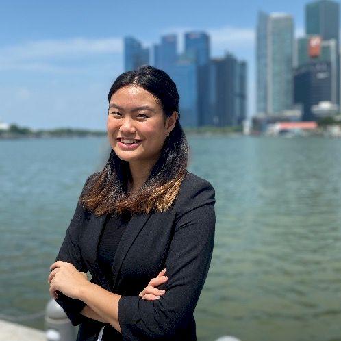 Maretta - Singapore: I am a native Bahasa Indonesian speaker w...