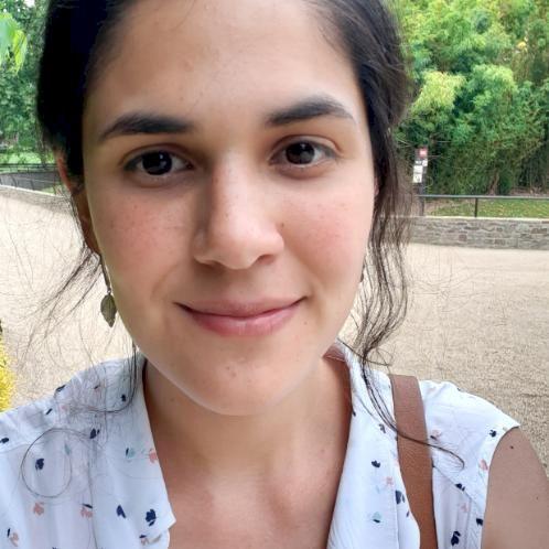 Maria - Spanish Teacher in Bruxelles: Hola! my name is Maria M...