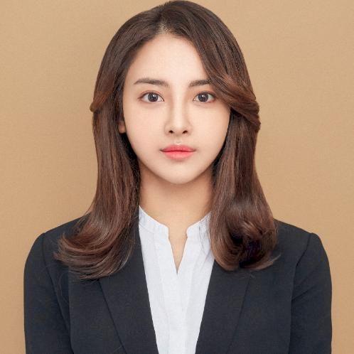 Maripha - Seoul: Hello, nice to meet you. My name is Maripha. ...