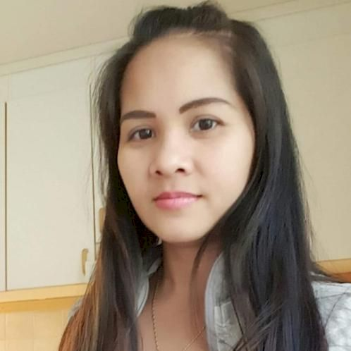 Mary - Filipino Teacher in Stockholm: I can also teach English...