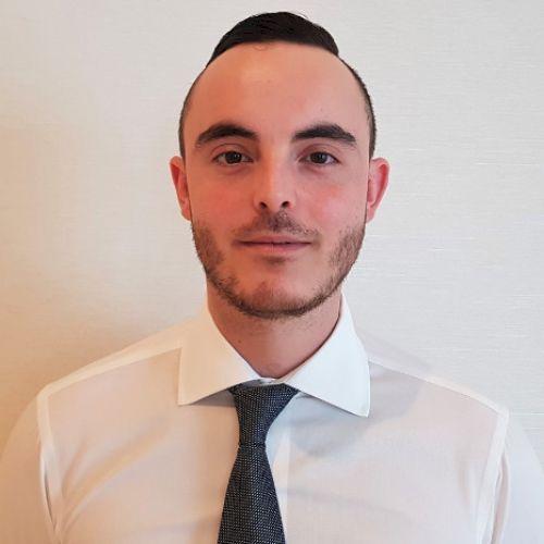 Matthieu - French Teacher in Abu Dhabi: Hello! I'm Matthieu, I...