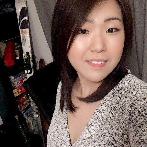 Meihui - Chinese / Mandarin Teacher in Montreal: I am born in ...