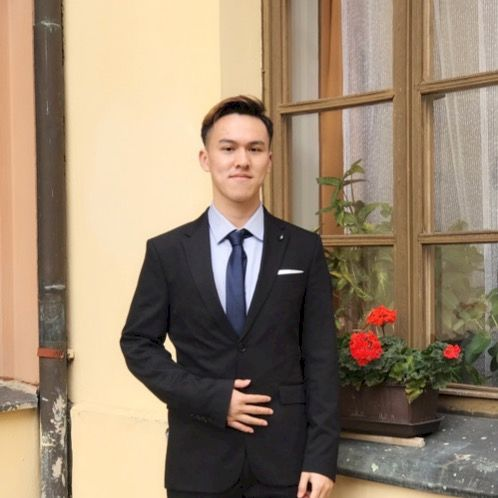 Ming - Chinese / Mandarin Teacher in Prague: I like make  frie...