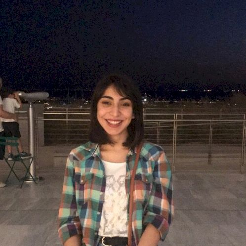 Miral - Arabic Teacher in Athens: Hi, I am 20 years old, a stu...