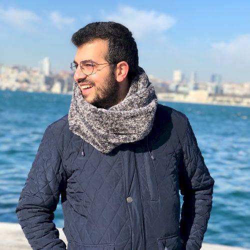 Mohamed - Lebanese Teacher in City Of London: im a lebanese, d...