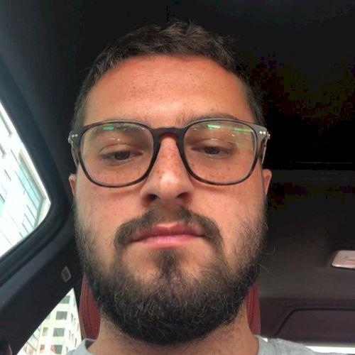 Mohammed - English Teacher in Abu Dhabi: I am a Finance major ...