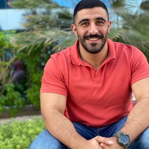 Mohannad - Dubai: I am a sales key account manager and I like ...