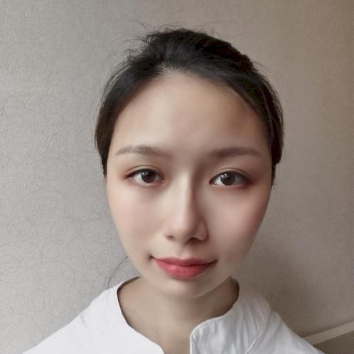 Molly - Cantonese Teacher in Hong Kong: -Honors bachelor degre...