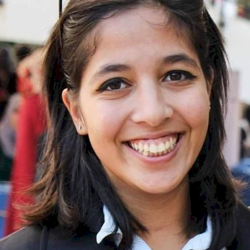 Monia - Arabic Teacher in Madrid: HI I am MONIA  ; I AM A 25 y...