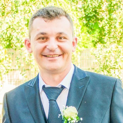 NICOLAE - English Teacher in Rome: ONLNE ENGLISH LESSONS (ESAM...