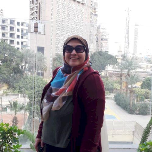 Nahla - Arabic Teacher in Cairo: Iam a graduate of the faculty...