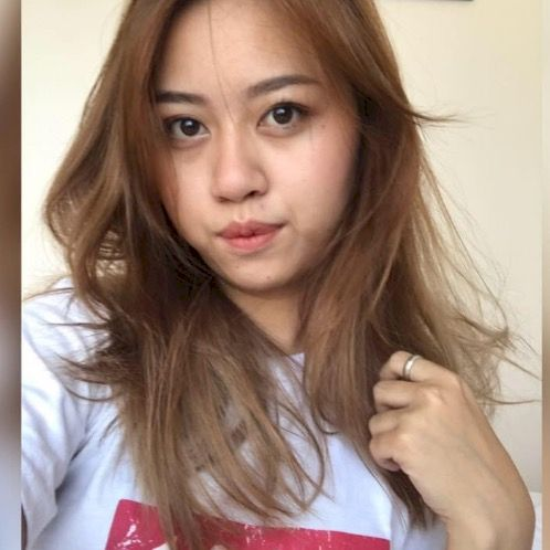 Nang - Burmese Teacher in Bangkok: Im Nang who is currently st...
