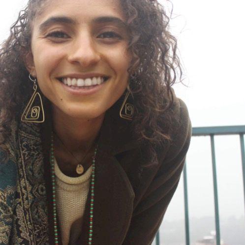Natasha - Lisbon: I am a writer, tarot reader, and mindfulness...