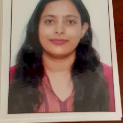 Nikita - Marathi Teacher in Al Ain: I have master's in physics...
