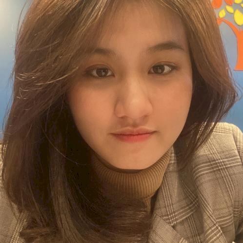 Nina - Melbourne: I'm a native Vietnamese speaker who migrated...