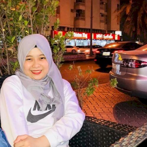 Norlyn - Sharjah: Hi, I'm friendly, approachable, and talkativ...