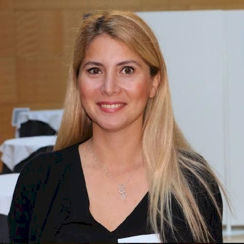 Nur - Luxembourg: I am a native Turkish speaker with 10 years ...