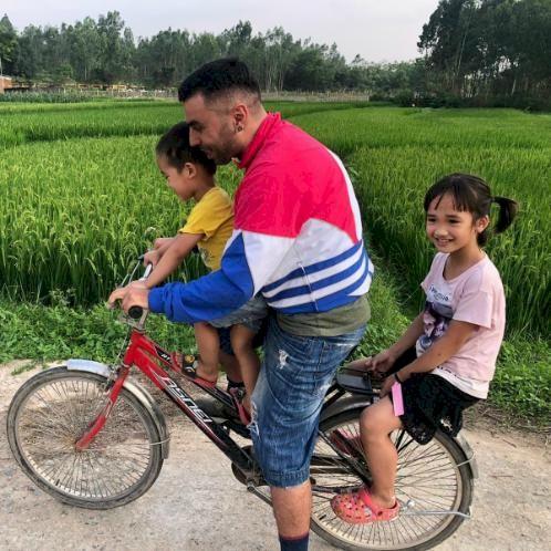 ONUR - Hanoi: Im a Turkish teacher living in Hanoi. If you wan...