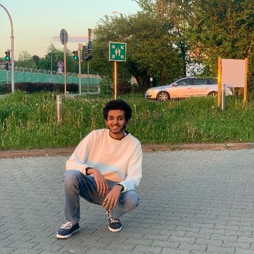 Osama - Warsaw: Been teaching for 2 years. Teaching online an...