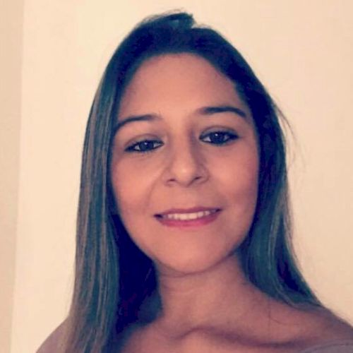 Paola - Spanish Teacher in Dubai: A psychologist with knowledg...