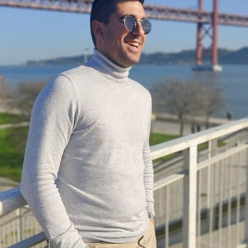 Pedro - Lisbon: I'm Pedro, I'm 28 years old graduated in touri...