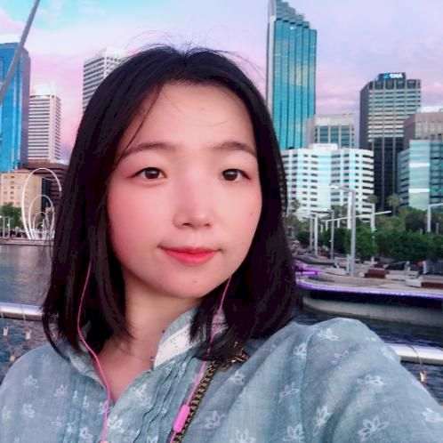 Phoebe - Perth: My name is Phoebe. I come from China, and I am...
