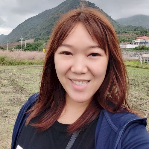 Rebecca - Chinese / Mandarin Teacher in Taipei: I am currently...