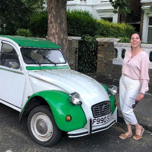 Regina - Spanish Teacher in City Of London: ¡Hola a todos! My...