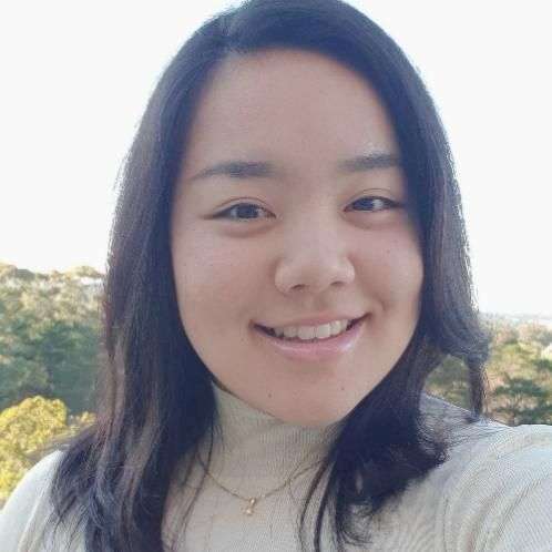 Riona - Japanese Teacher in Sydney: Hello! I'm Riona!
