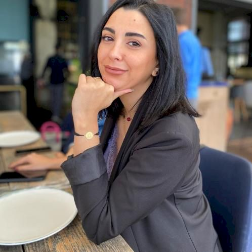 Rita - Beirut: Hello. I'm a curious and enthusiastic translato...