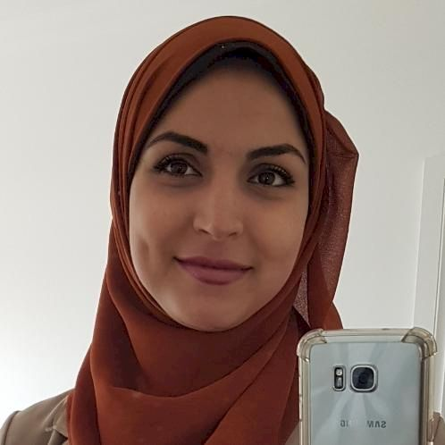 Rola - Adelaide: I have been teaching Arabic and English for m...
