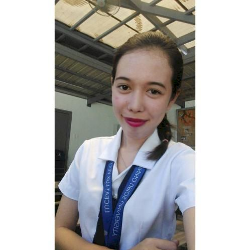 Rosalie - Manila: I am a graduating marketing management stude...