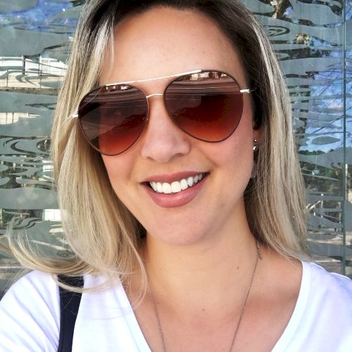Ruth - Portuguese Teacher in Melbourne: Hello, my name is Ruth...