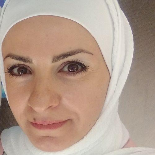 Sajeda - Arabic Teacher in Amman: Hold a Master's degree in En...