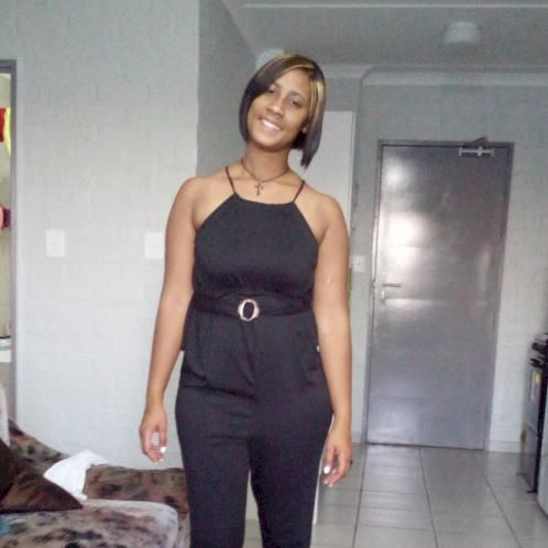 Samica - Cape Town: I am 24 years old. I live in Bellville Sou...