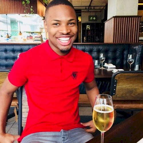 Sanele - Zulu Teacher in Durban: I'm Sanele I hold a Nationa...