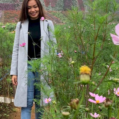 Sarah - Hanoi: Hi everyone! My name is Sarah, an English Teac...