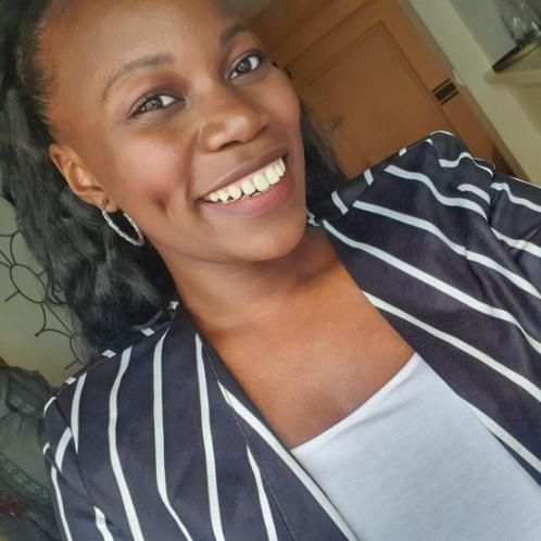 Seydané - Lille: I'm a law student, very happy to teach you m...