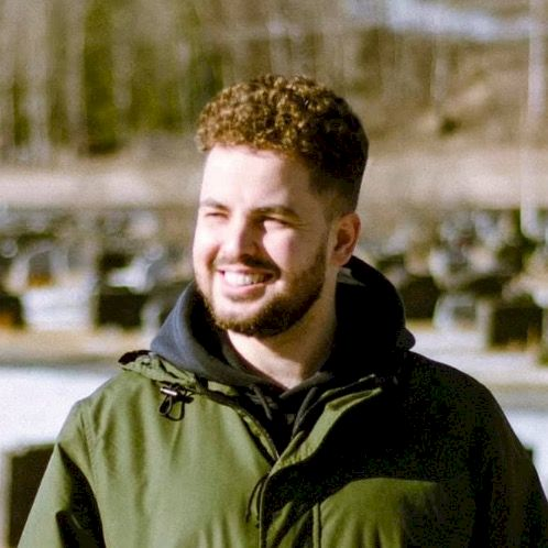 Slavik - Oslo: I am international master student here in Norwa...