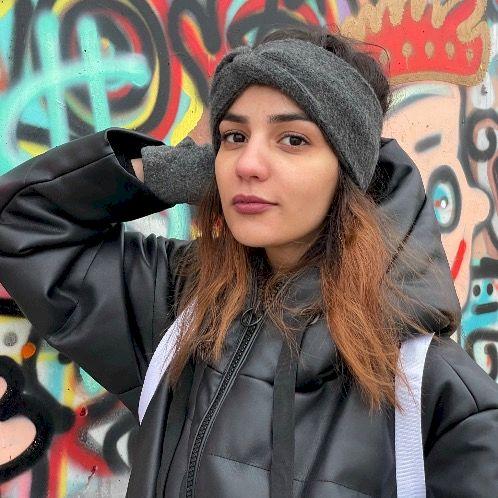 Souhila - Arabic Teacher in Vienna: Hello there, Like my titl...