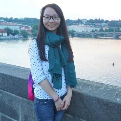 Stacey - Chinese / Mandarin Teacher in Prague: I am an interna...