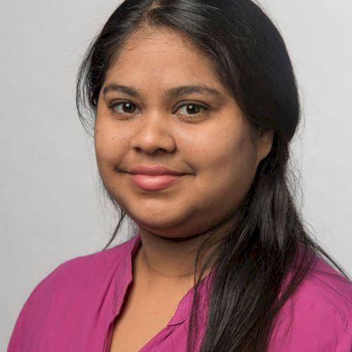 Surbhi - Hindi Teacher in Adelaide: I have Naati accreditation...