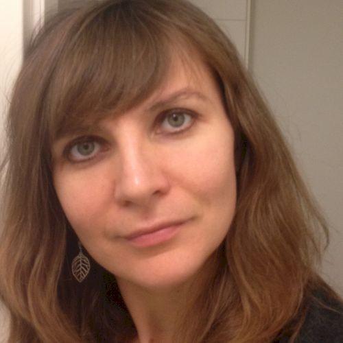 Svetlana - Russian Teacher in Tel Aviv: hi. I studied journali...