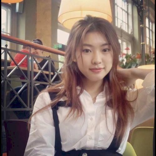 Tan - Chinese / Mandarin Teacher in Budapest: I am a second ye...