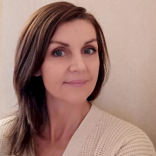 Tatiana - Athens: I am not a professional teacher, but I am co...