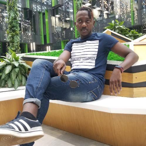 Temwani - Moscow: I am a native English speaker from Zambia, b...