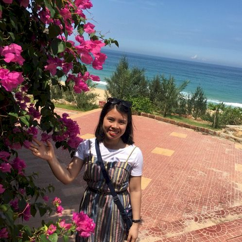 Thi - Vietnamese Teacher in Hobart: My name is Cindy. I am fro...