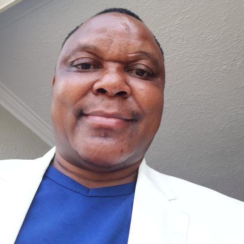 Tim - Johannesburg: I am a language teacher with vast experien...