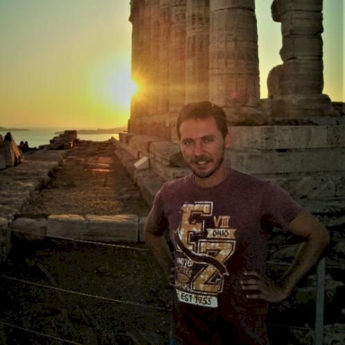 Vaios - Greek Teacher in Perth: My name is Vaios, I am 39 year...