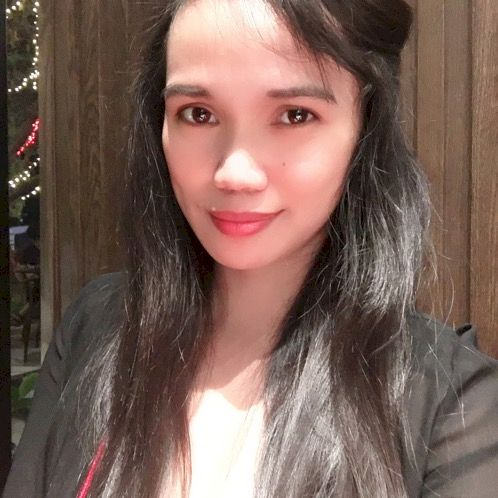 Vanessa - Bangkok: Very hard working and knows how to handle m...